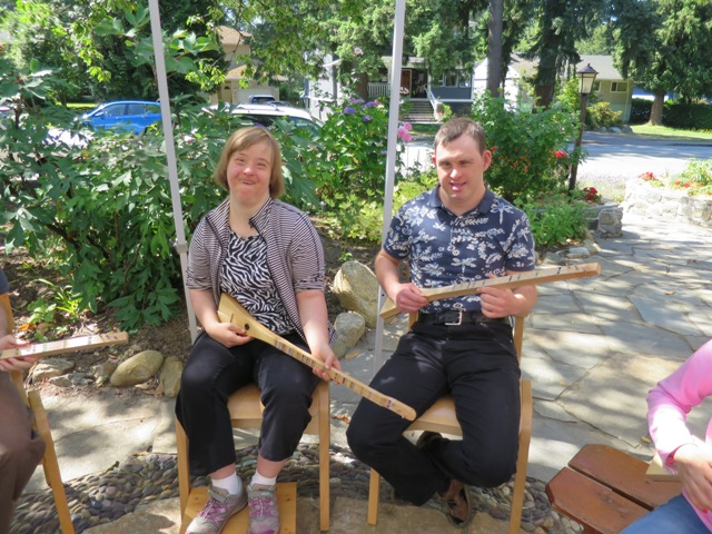 Marijke and Aiden try out their new instruments